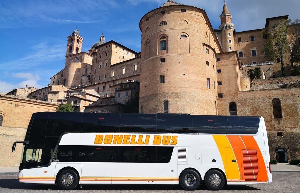 Bonelli bus Urbino